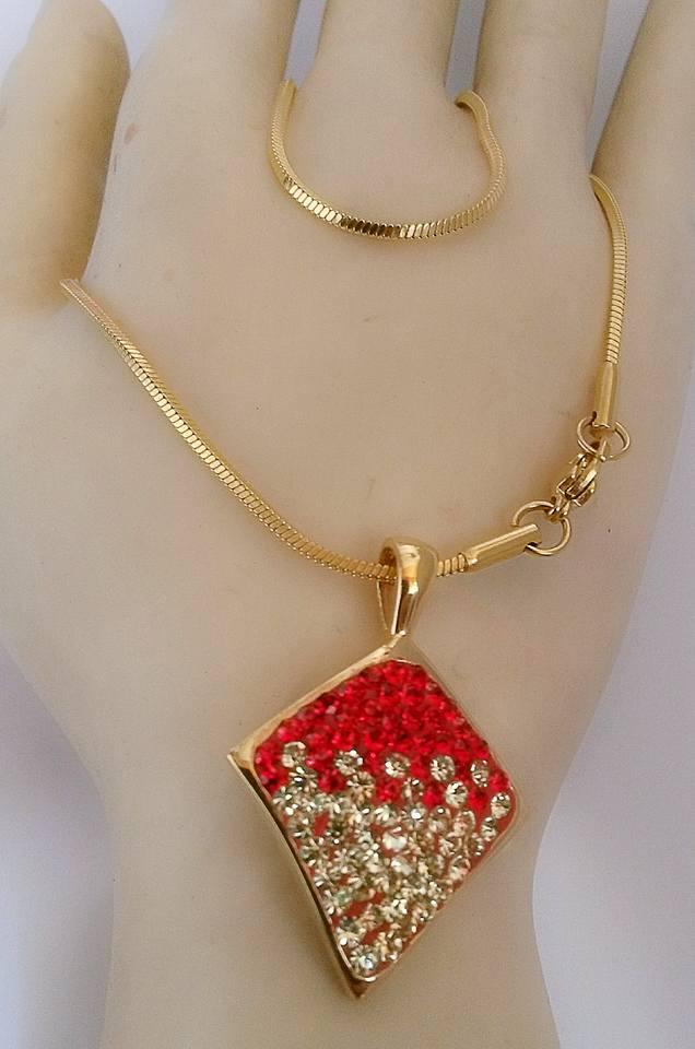 kalung merah layang2
