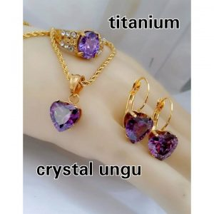 set titan crystal ungu